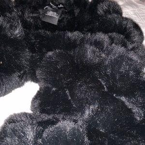 Marcus Adler faux fur scarf
